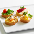 Canapé III: with vegetarian cream cheese or sliced cheese