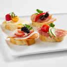 Canapé I: with ham, salami or cheese
